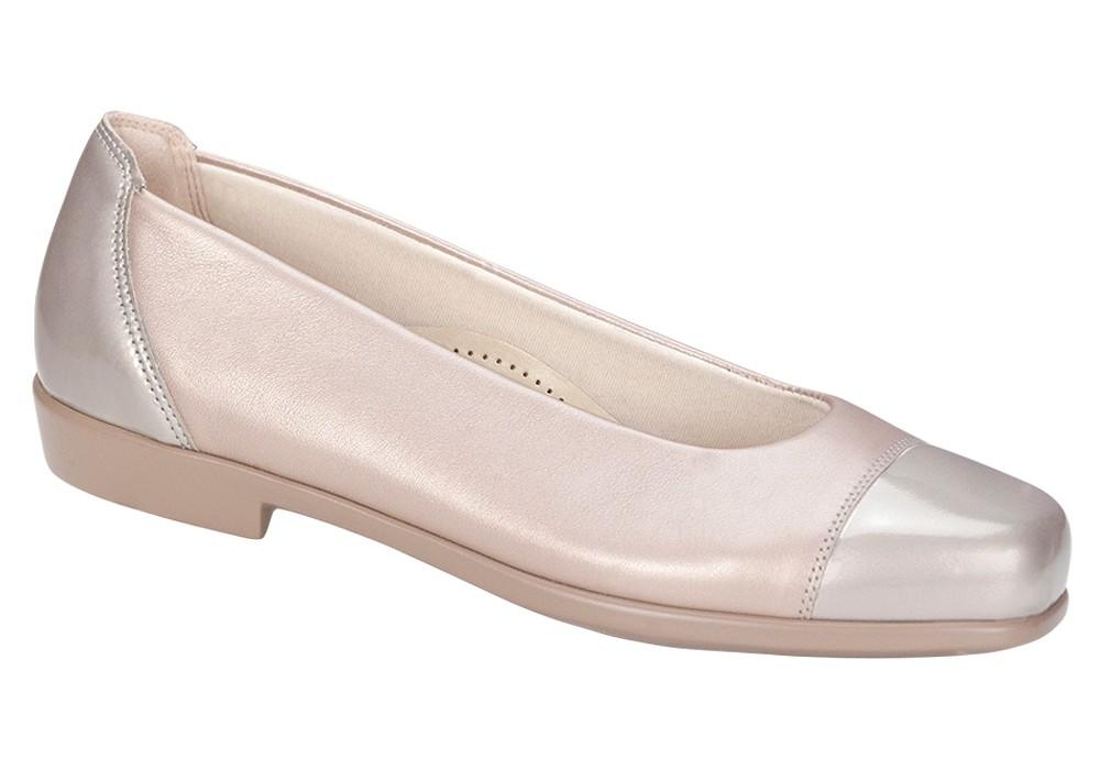 coco womens nude pearl slip on shoe